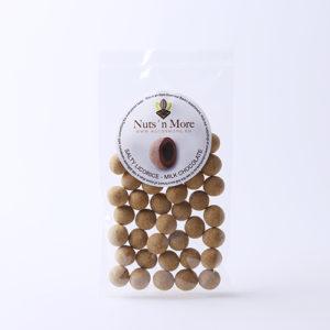 Salmiak lakrids – Mælkechokolade & Lakridspulver
